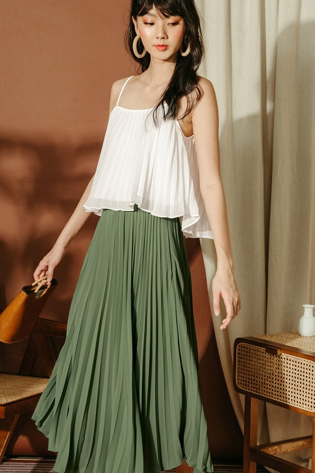 AUDELIA PLEAT SKIRT IN PISTACHIO