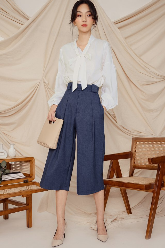 JEANA CULOTTES IN NAVY