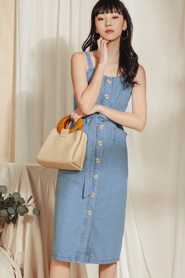 HAZEL DENIM MIDI IN LIGHT WASH