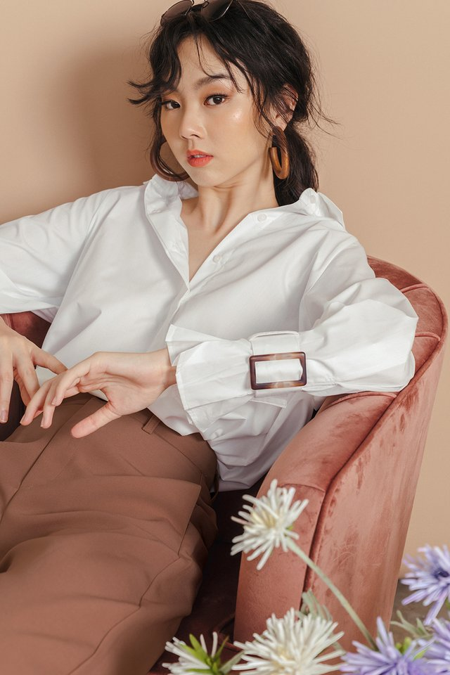 CLEMMIE BUCKLE SHIRT IN WHITE