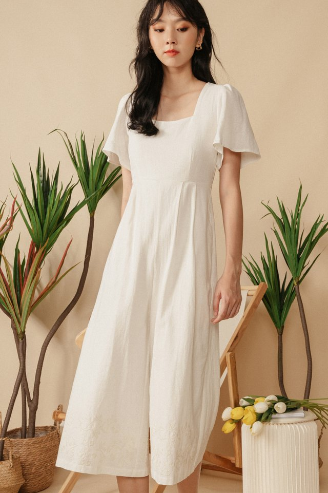 NILO EMBROIDERY JUMPSUIT IN WHITE