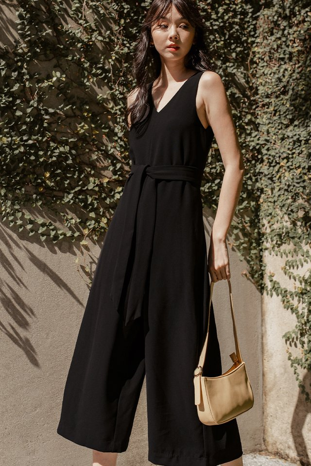 ZELDA SASH JUMPSUIT IN BLACK