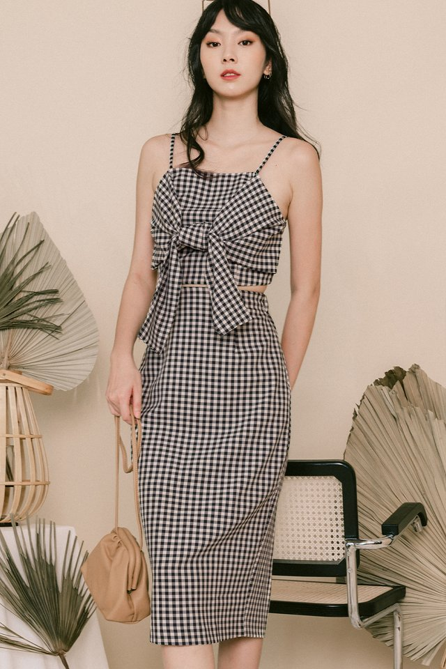 ADIE GINGHAM MIDI IN BLACK