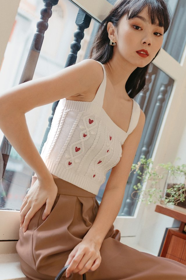 *BACKORDER* AGGY KNIT TOP IN WHITE