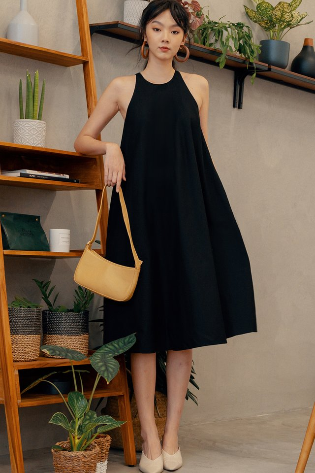 JOSE MAXI IN BLACK