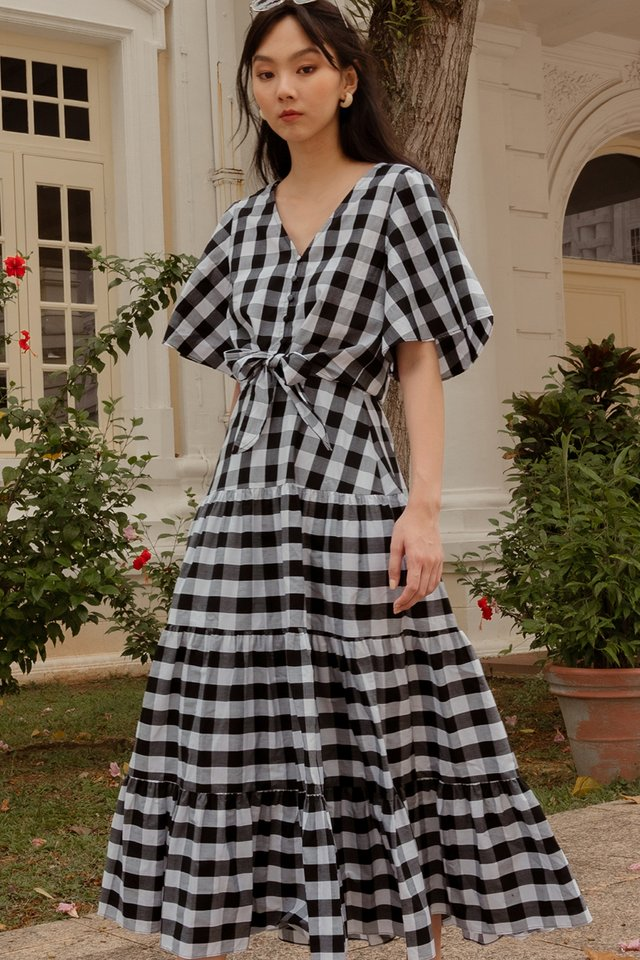 CALLEE GINGHAM MAXI IN MONO