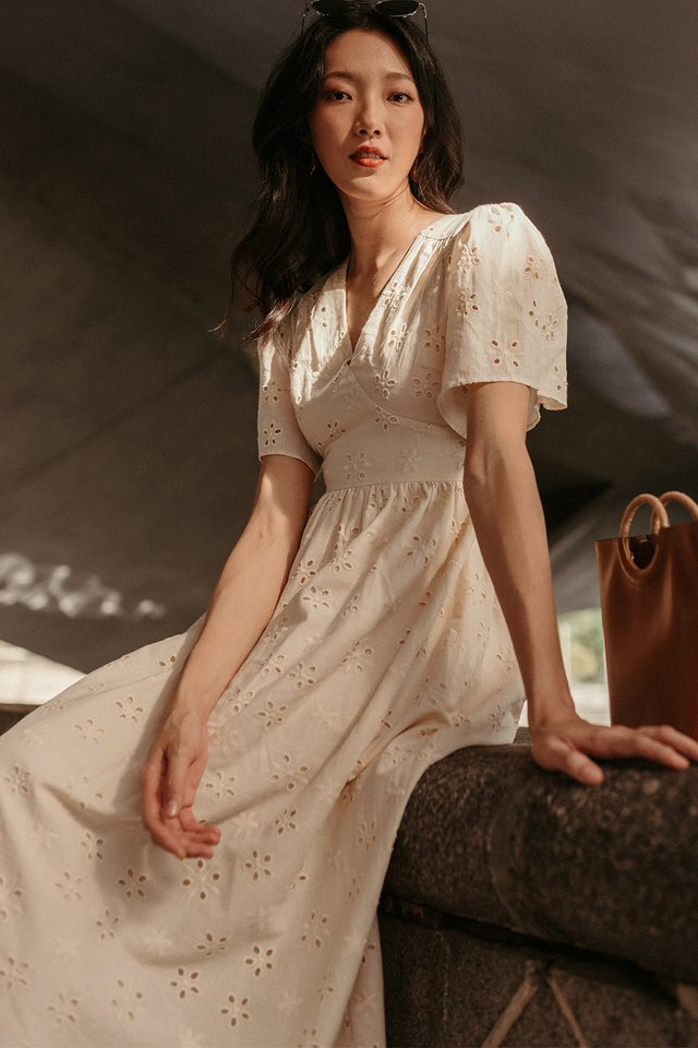 *BACKORDER* CAMILO EYELET MAXI IN CREAM