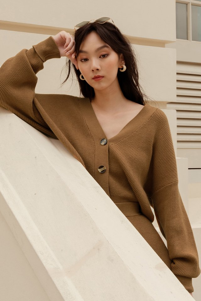 *BACKORDER* GRAHAM KNIT CARDIGAN IN CAMEL
