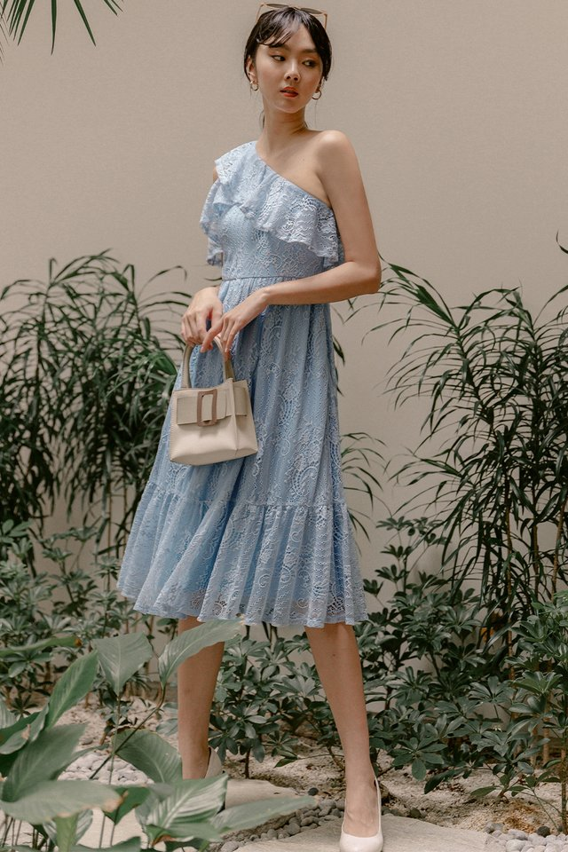 CHANTAL LACE MIDI IN POWDER BLUE