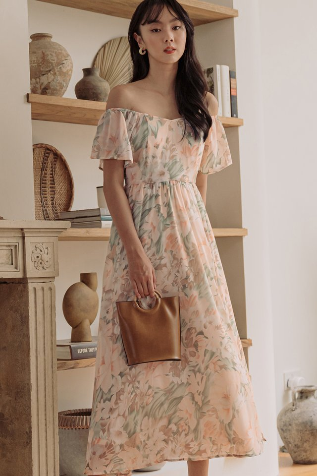 EMILIA OFF SHOULDER MAXI IN PEACH