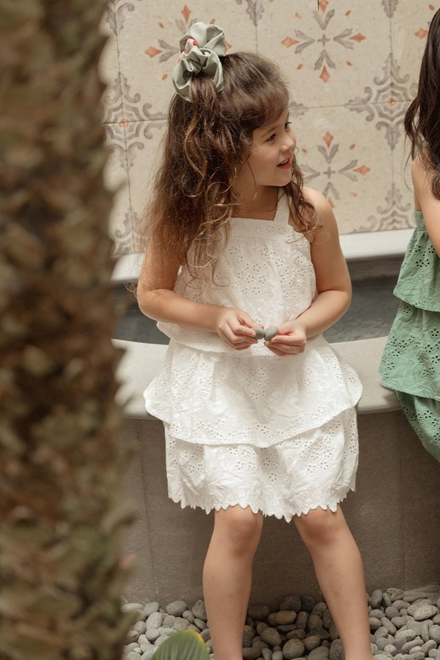 *KIDS* MAEKO EYELET DRESS IN WHITE
