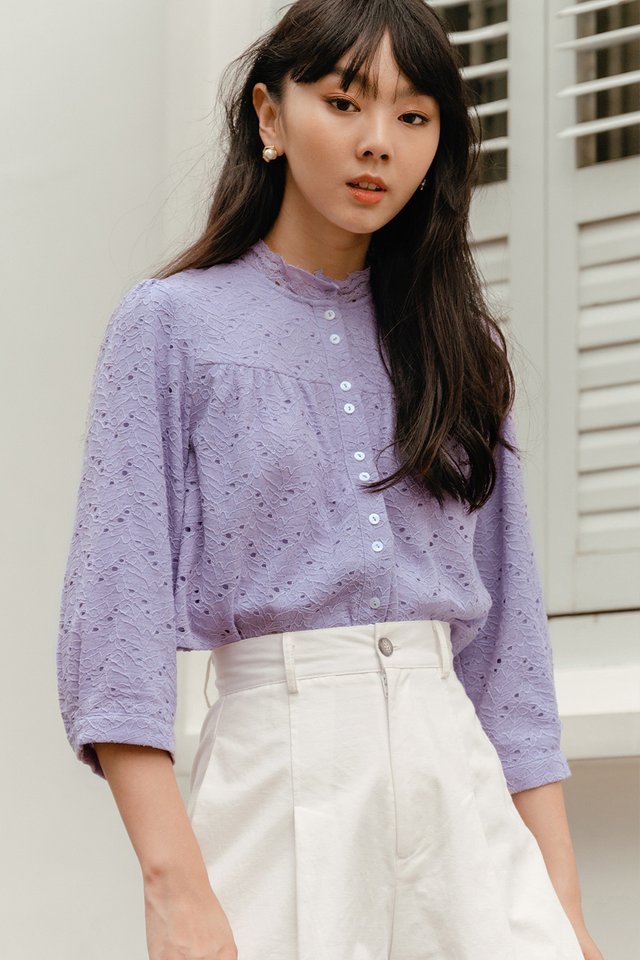 VICTOR LACE TOP IN LAVENDER