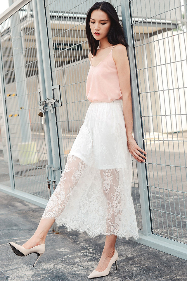 *BRIDGE* GENEVA LACE MAXI IN WHITE