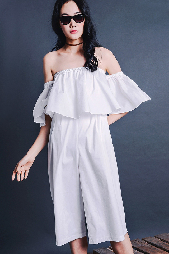 AMARYLLIS JUMPSUIT IN WHITE