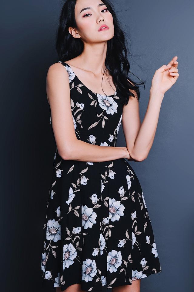 GERBERA DRESS IN BLACK