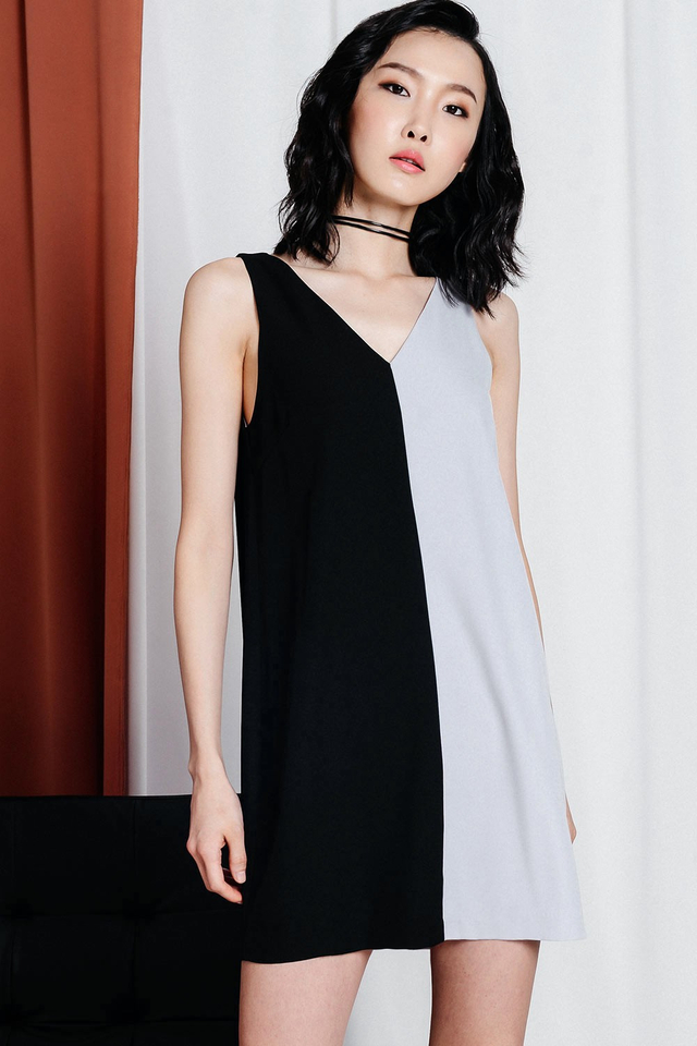 DUO TONE SHIFT DRESS IN GREY BLACK