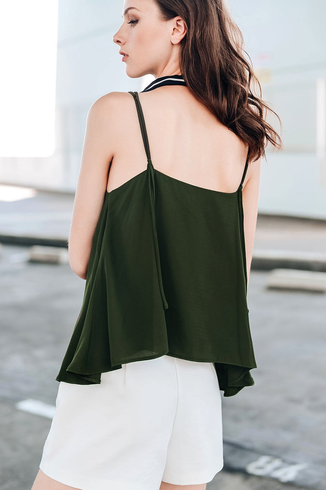 LETICIA TOP IN MILITARY