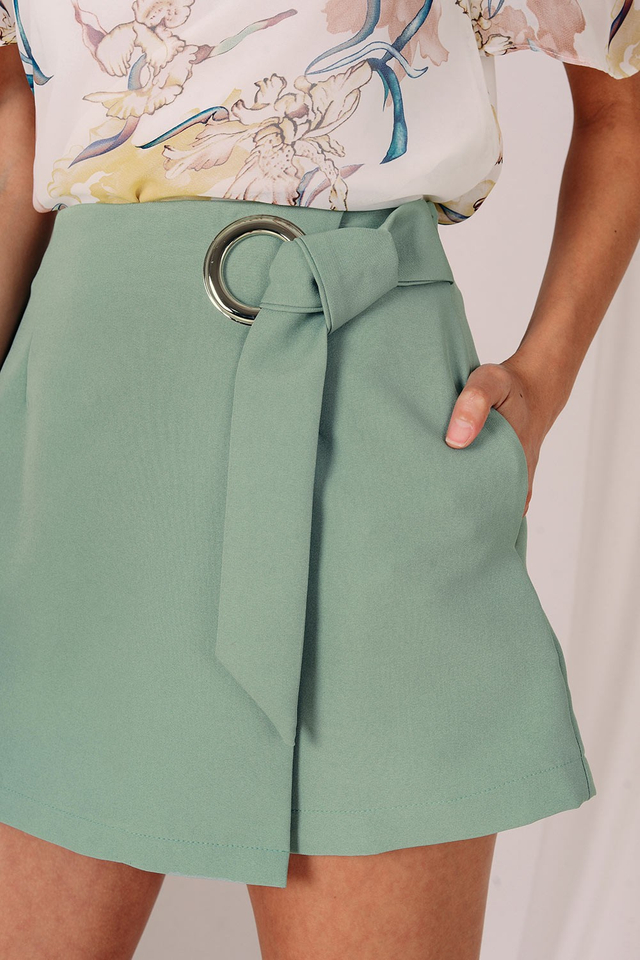 ELLIN RING SKORTS IN MIST GREEN