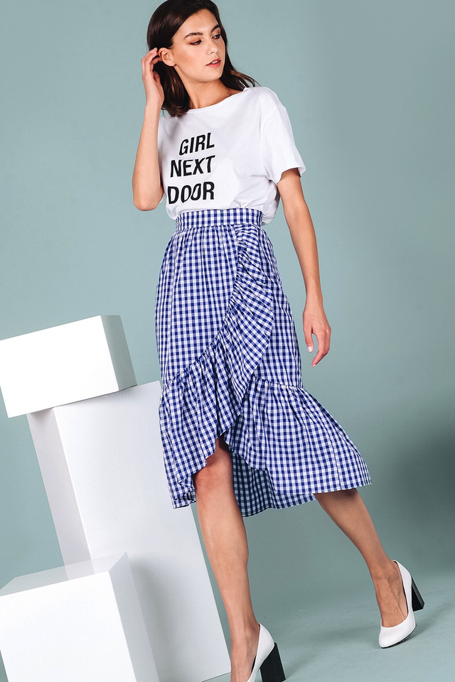 GINGHAM RUFFLE MIDI IN NAVY