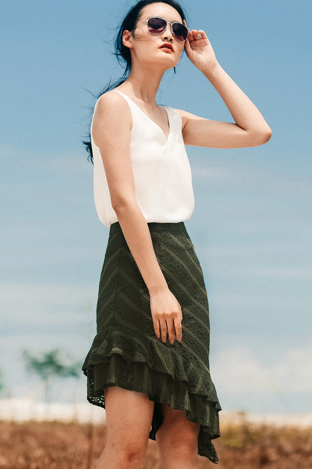 MAEGAN LACE SKIRT IN OLIVE