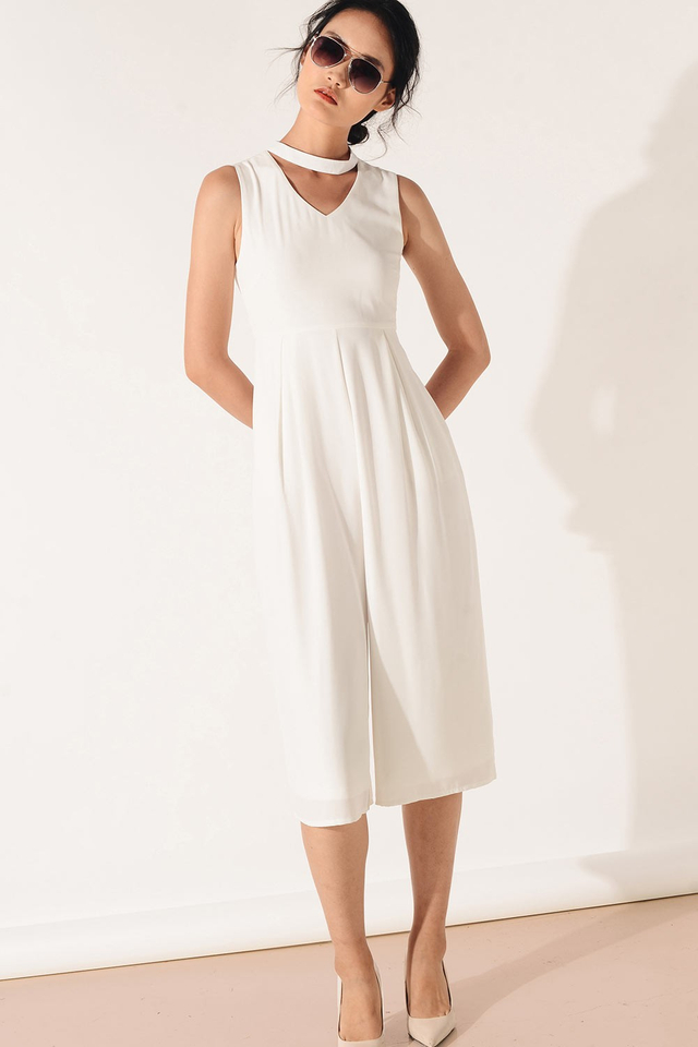 RIVE JUMPSUIT IN WHITE