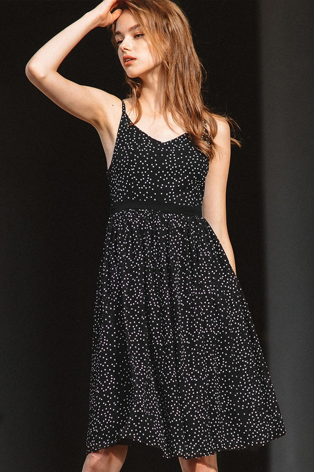 NOTTINGHAM POLKA DOT DRESS IN BLACK