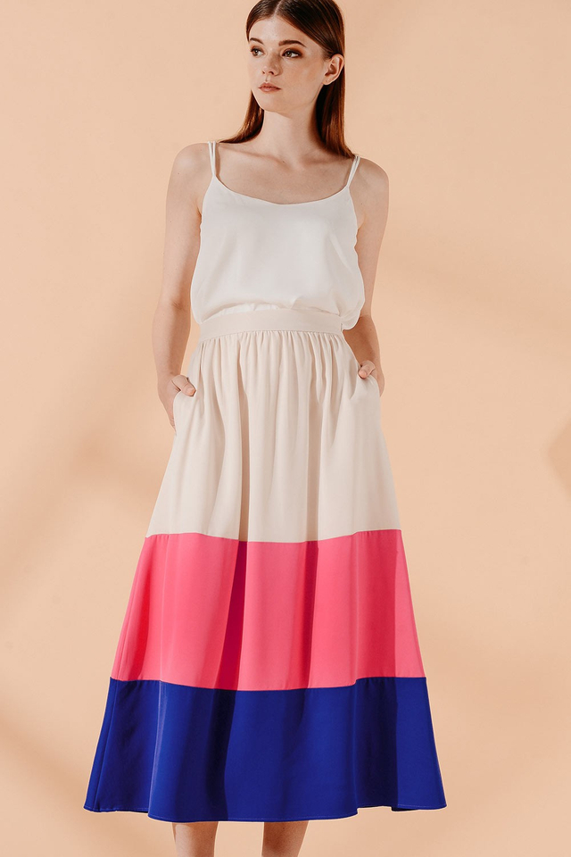 KARA MAXI SKIRT IN PINK