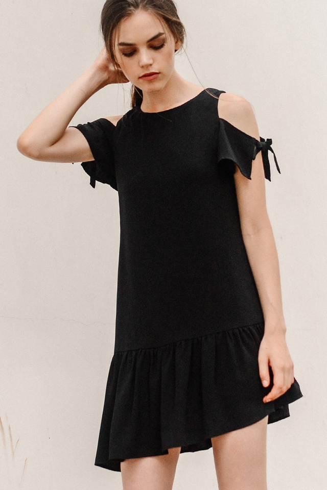 VERITY DRESS IN BLACK