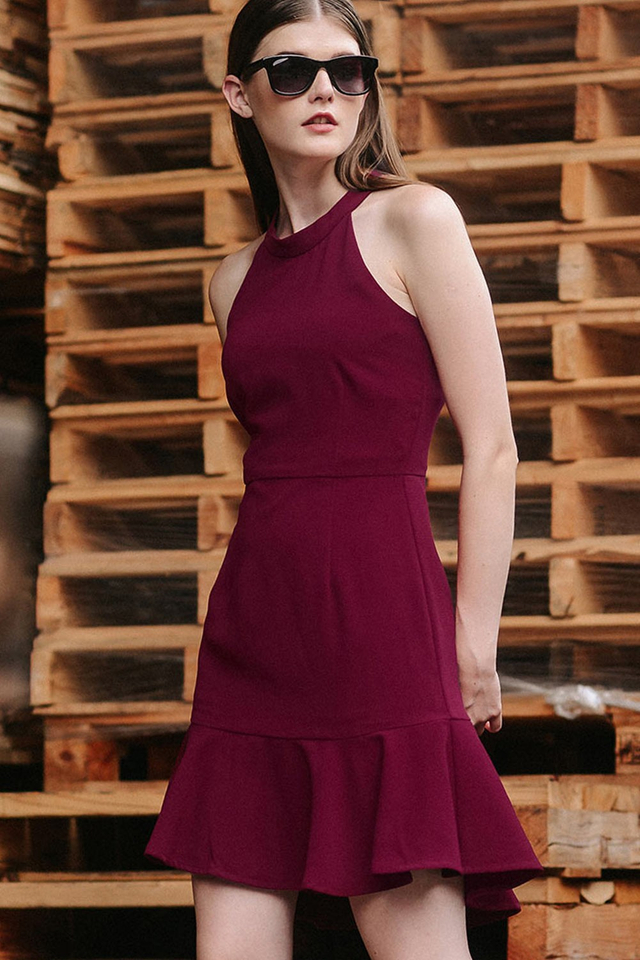 JENSEN TRUMPET DRESS IN MAGENTA
