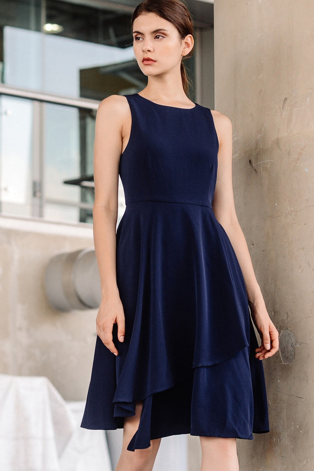 NOLAN ASYMMETRICAL DRESS IN NAVY