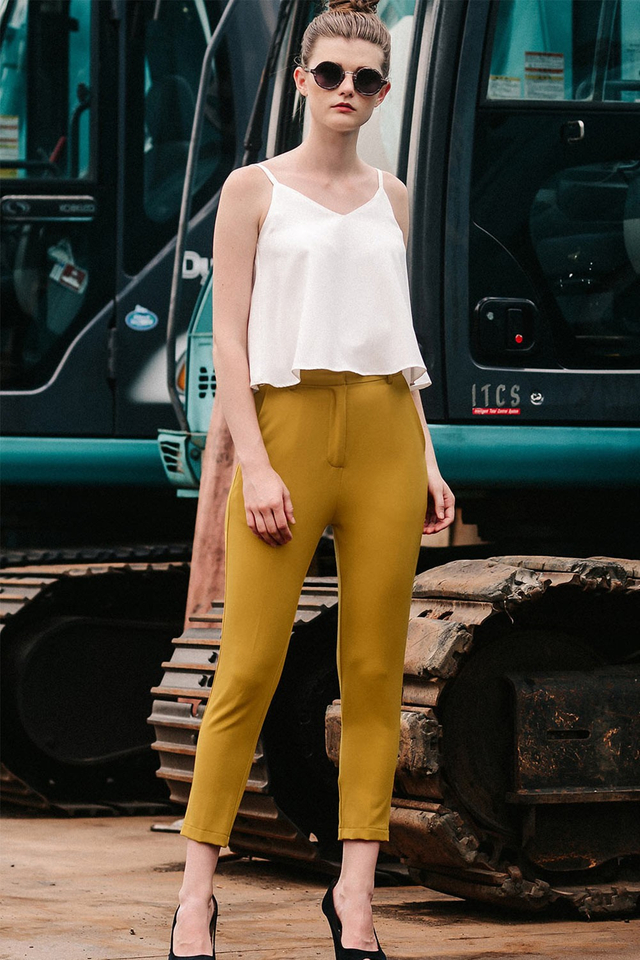 KIRAN CAPRI PANTS IN MUSTARD