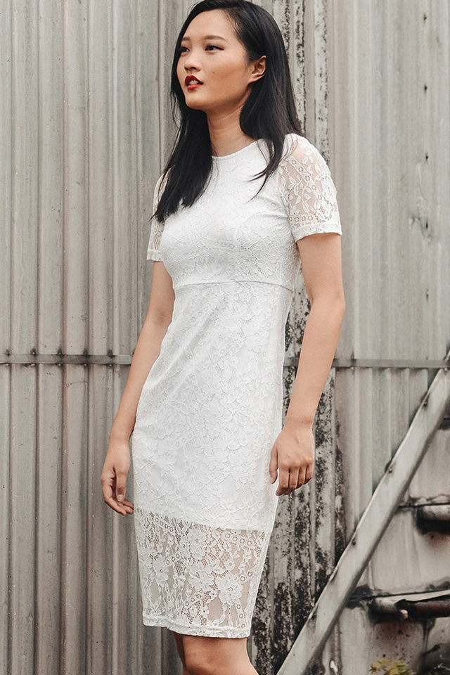 ANNALISE LACE MIDI IN WHITE