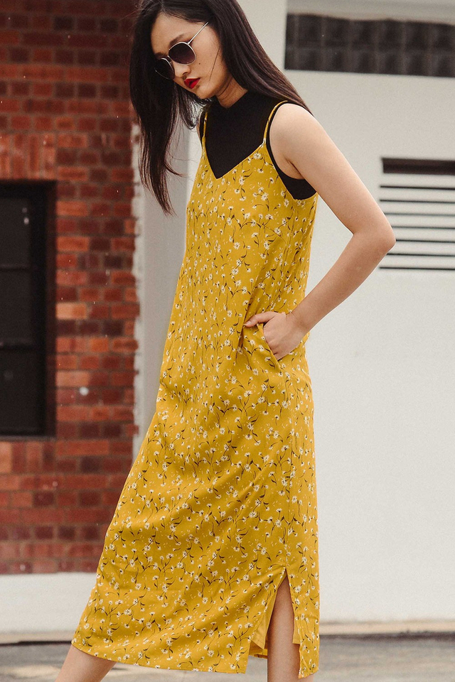 GIVERNY SLIP MAXI IN MUSTARD