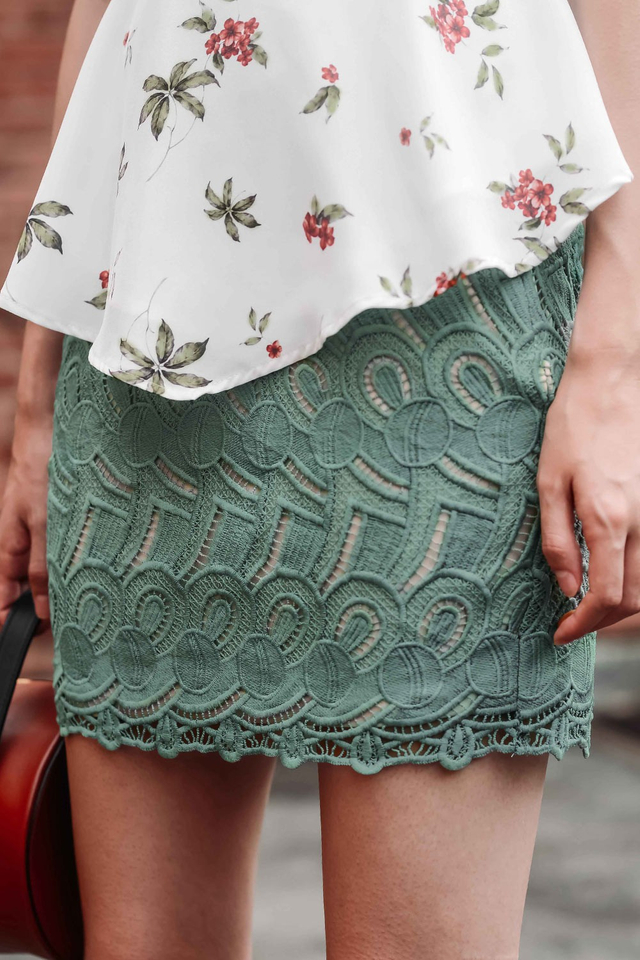 PERLA CROCHET SKIRT IN SEAFOAM