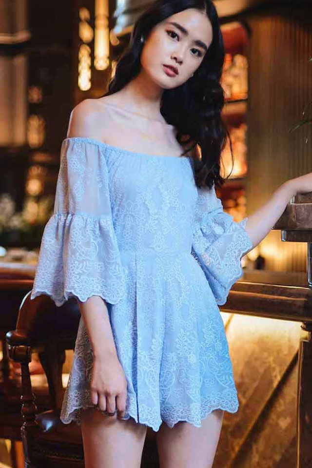 *PREMIUM* RENZO ORGANZA PLAYSUIT IN POWDER BLUE
