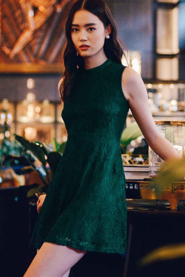 VITTORE LACE DRESS IN MOSS