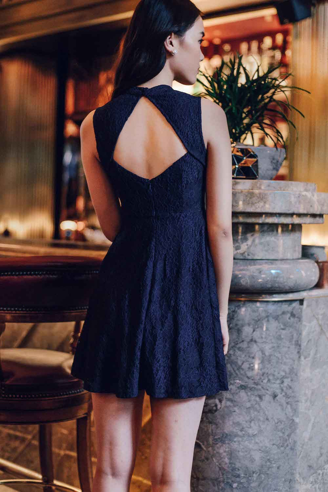 VITTORE LACE DRESS IN NAVY