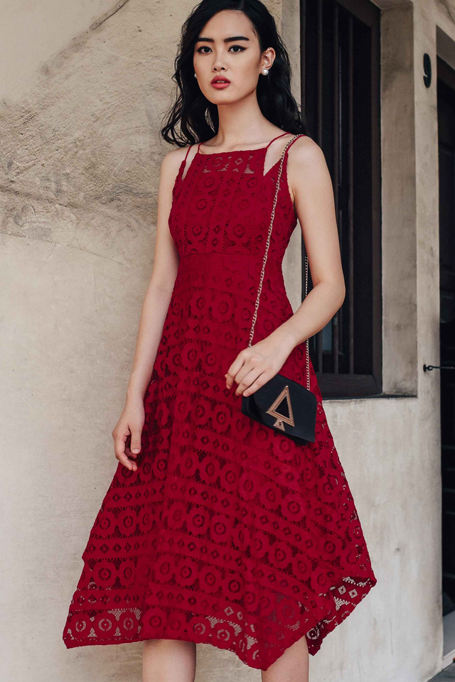 SORENTO LACE MIDI IN RED