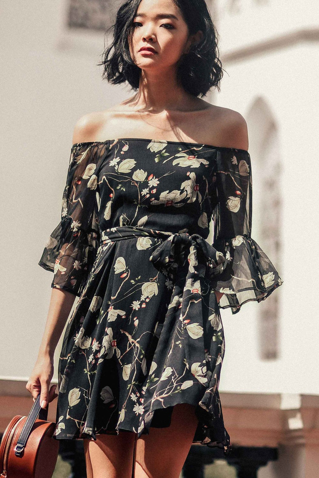 RYE OFF SHOULDER DRESS IN GUN