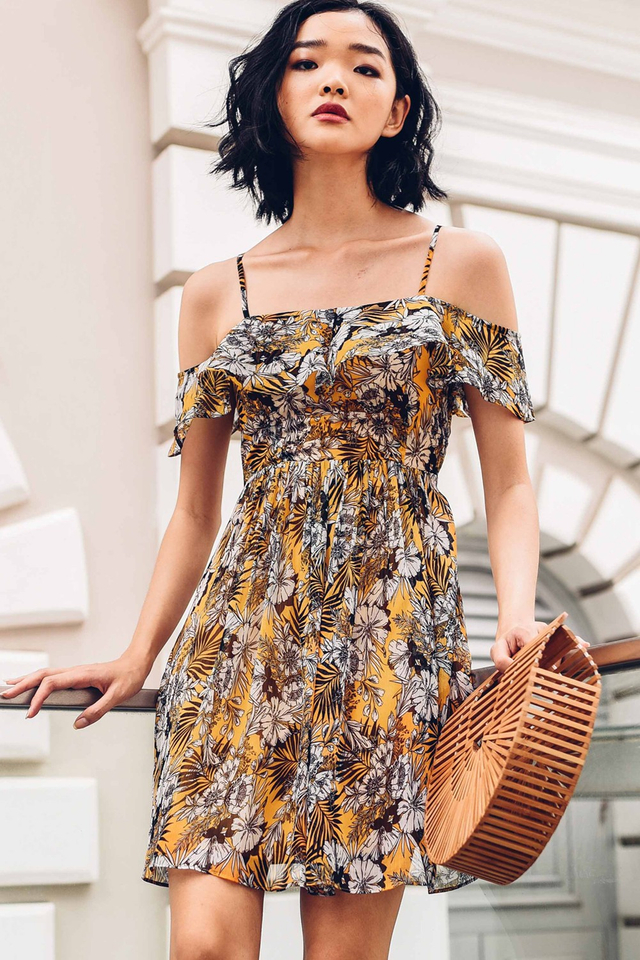 AZURA DRESS IN MUSTARD