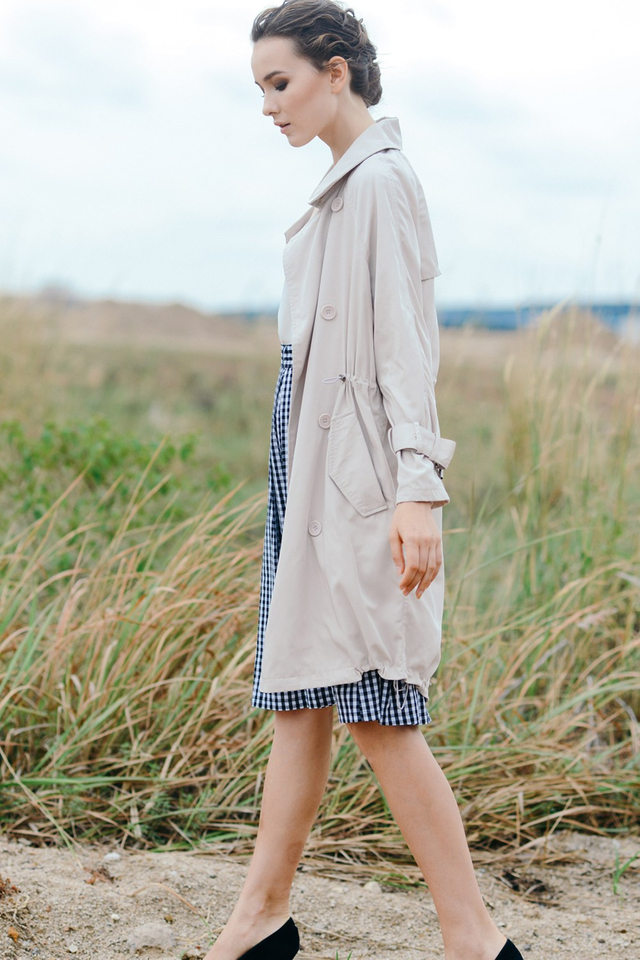 *RESTOCKED**BRIDGE* Oversized Trench Coat in Ivory Beige