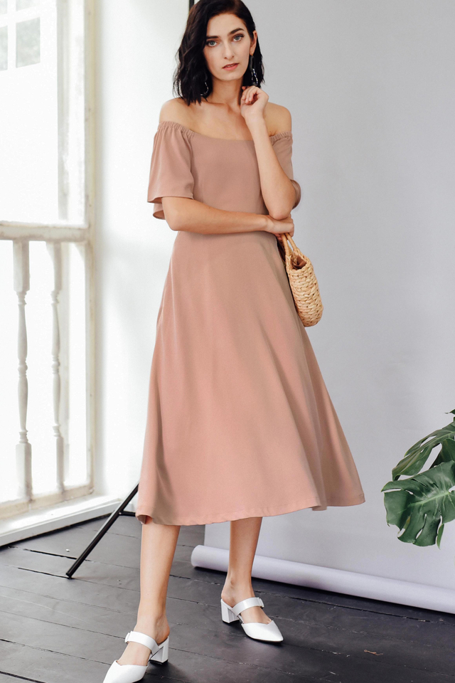 BALLAD OFF SHOULDER MIDI IN NUDE PINK