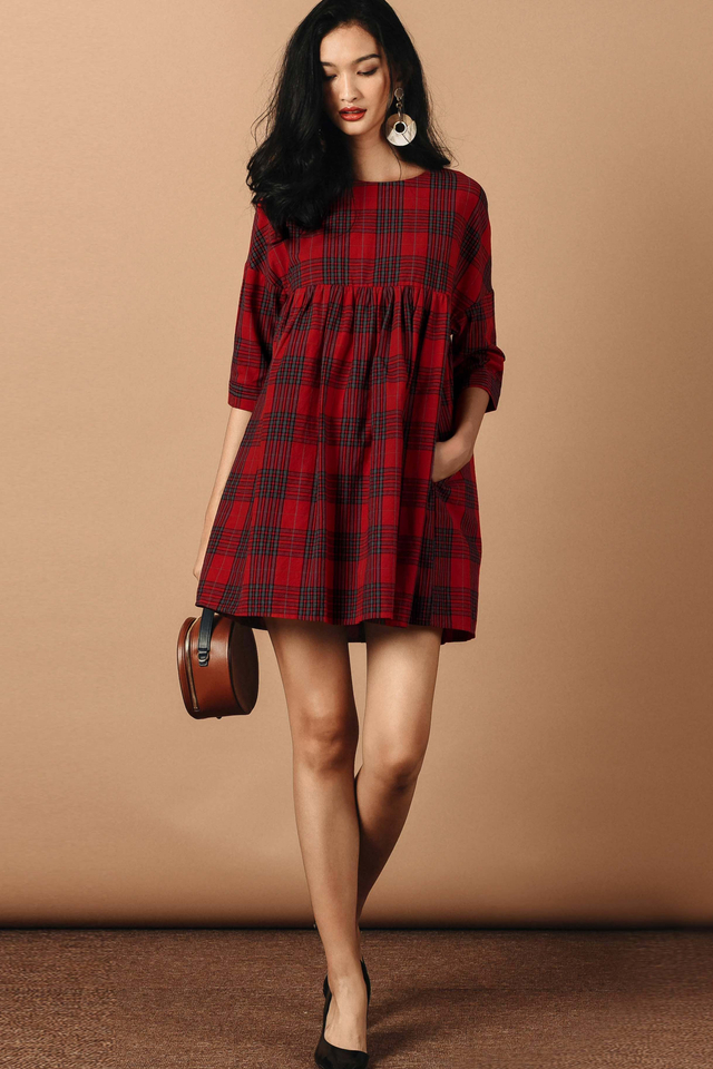 PLAID BABYDOLL PLAYSUIT DRESS IN RED