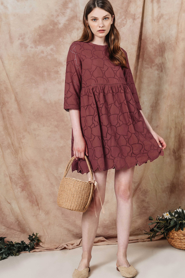 AMOR EYELET PLAYSUIT DRESS IN ROSE