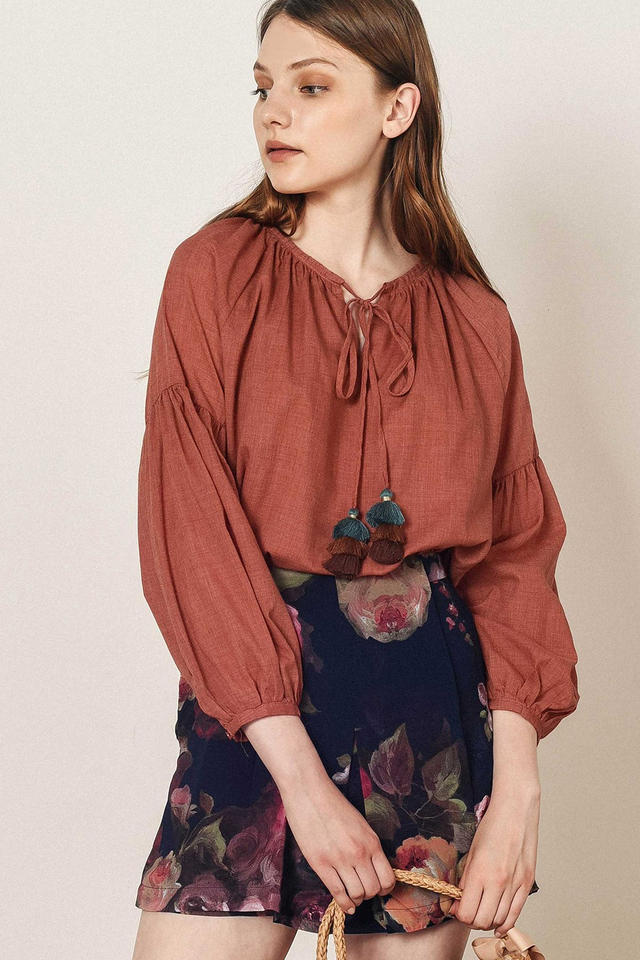 MILEY TASSEL TOP IN ROSEWOOD