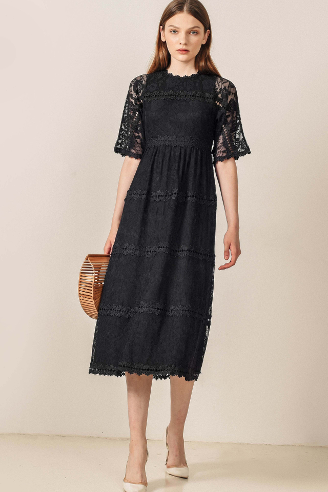 ROSDALE LACE MAXI IN BLACK
