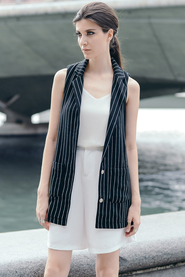 *BRIDGE* Tailored Striped Waistcoat in Black