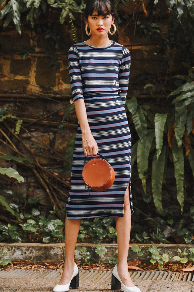 GAVIN KNIT MIDI IN NAVY