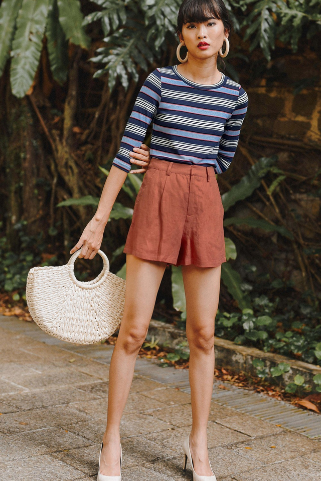 BASIC LINEN SHORTS IN ROSEWOOD