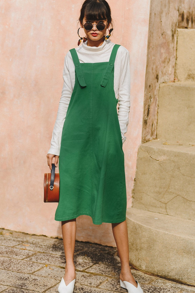 DENIM OVERALLS MIDI IN GREEN